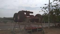 Eixo com pneus de transbordando