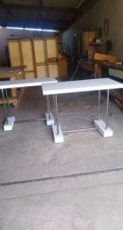 Mesa tipo escrivaninha