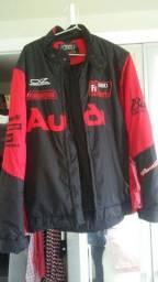 2 itens: Casaco da Audi , capa de Chuva para motoqueiro