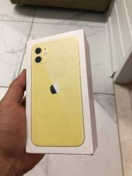 Caixa iPhone 11 amarelo