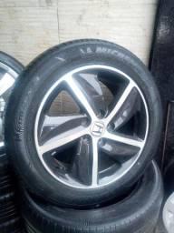 Jogo de roda com pneus 17 5x114