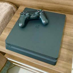 Ps4 Slim com HD de 2 TERA