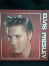 Relíquias - Coleção de 5 discos de vinil  e 3 revistas - Elvis Presley.