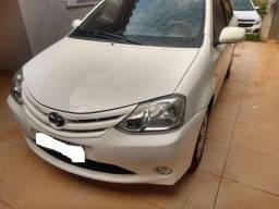 Toyota Etios xs 1.3 completo