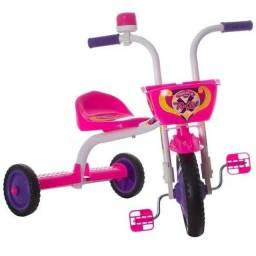 Triciclo infantil feminino e masculino