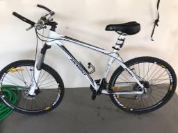 Bicicleta quadro de alumínio 27 marchas