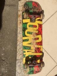 Skate original Yourface edição limitada do Reggae