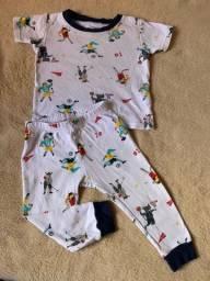 Lote pijamas e calcas 12 meses