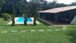 17- Casa com piscina em Jauá! Para investimento.