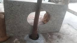 Pia de granito para banheiro 70 reais