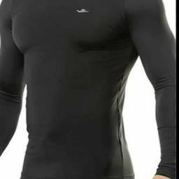 Camisa segunda pele com proteção uv50