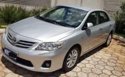 Vendo Toyota Corolla Altis 2013 Top de linha