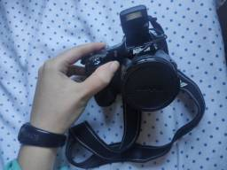 Câmera semiprofissional cool pix l820