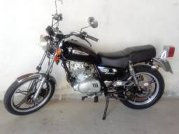 Suzuki Intruder 125 + Baú