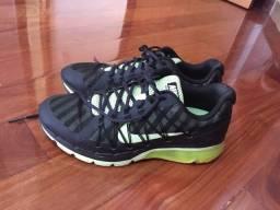 Tênis Nike novíssimo 41