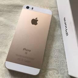Iphone SE + carregador original apple