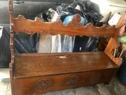 Banco baú antigo de madeira