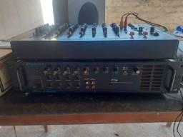 Vendo ou troco Potência Amplificador 4 canais  e mesa profissional de 8 canais