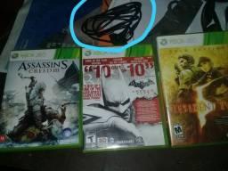 3 jogos de Xbox + carregador