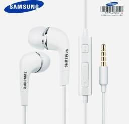 Fones de ouvido Samsung