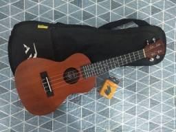 Ukulele Acústico soprano + capa +afinador