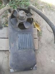 Vendo radiador de Santana antigo com aventuinha