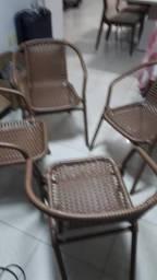 Cadeiras em Ratan