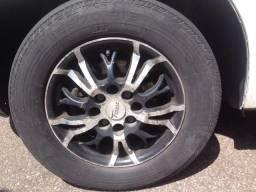 Rodas 13 troco por roda de ferro do corsa com a tampinha!