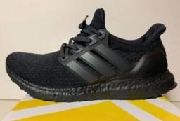 Adidas UltraBoost Triplo Black