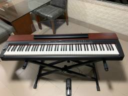 Piano Yamaha Estado de Novo