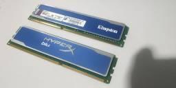 Duas memórias de 2 GB (4Gb) DDR3 1333MHz
