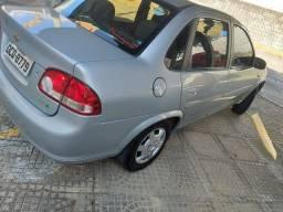 Vendo um carro  classic 2012
