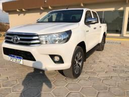 Toyota Hilux LOW 4x4 ano 2017