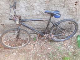 Duas bicicleta por 200 reais