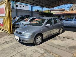 Astra Sedan 1.8 8v Milenium 2001