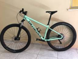 Bicicleta MTB Specialized aro29 2021 (ESTADO DE ZERO)