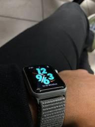Apple Watch Série 3 de 42mm - Nike