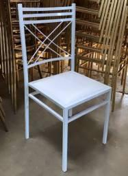 Kit 100 Cadeiras de Ferro Empilháveis Branca Para Buffet Restaurante Reforçada