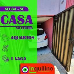 Casa no Centro - na Rua Laranjeiras - Aberta a proposta