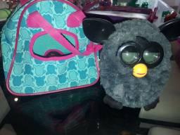Furby com maleta e óculos