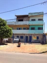 Prédio com 4 apartamentos e 3 lojas no Recanto das Emas R$ 430.000,00