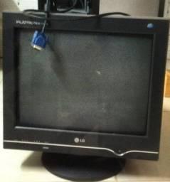 Monitor de tubo LG em Santa cruz do sul