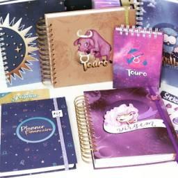 Cadernos, blocos, caixas personalizadas