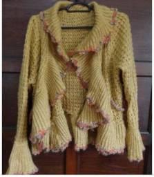Casaco em lã feminino cor dourado e prateado