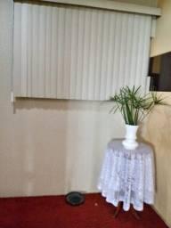 Vendo persiana 1,40 de largura e  1,50 C