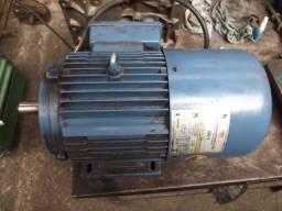 motor eletrico 7.5 CV com freio e uma fase queimada
