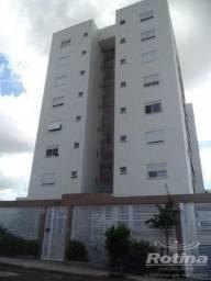 Apartamento à venda, 4 quartos, 2 suítes, 2 vagas, Copacabana - Uberlândia/MG