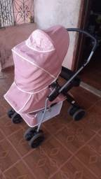 Carrinho de bebê  da tutti beby