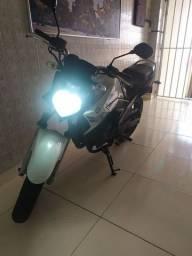 Fazer 250cc 2015