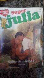 Vendo livros da coleção de Júlia 8 reais cada